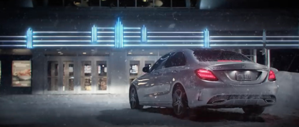 Mercedes benz 4matic all wheel drive the best of nothing for Mercedes benz christmas commercial